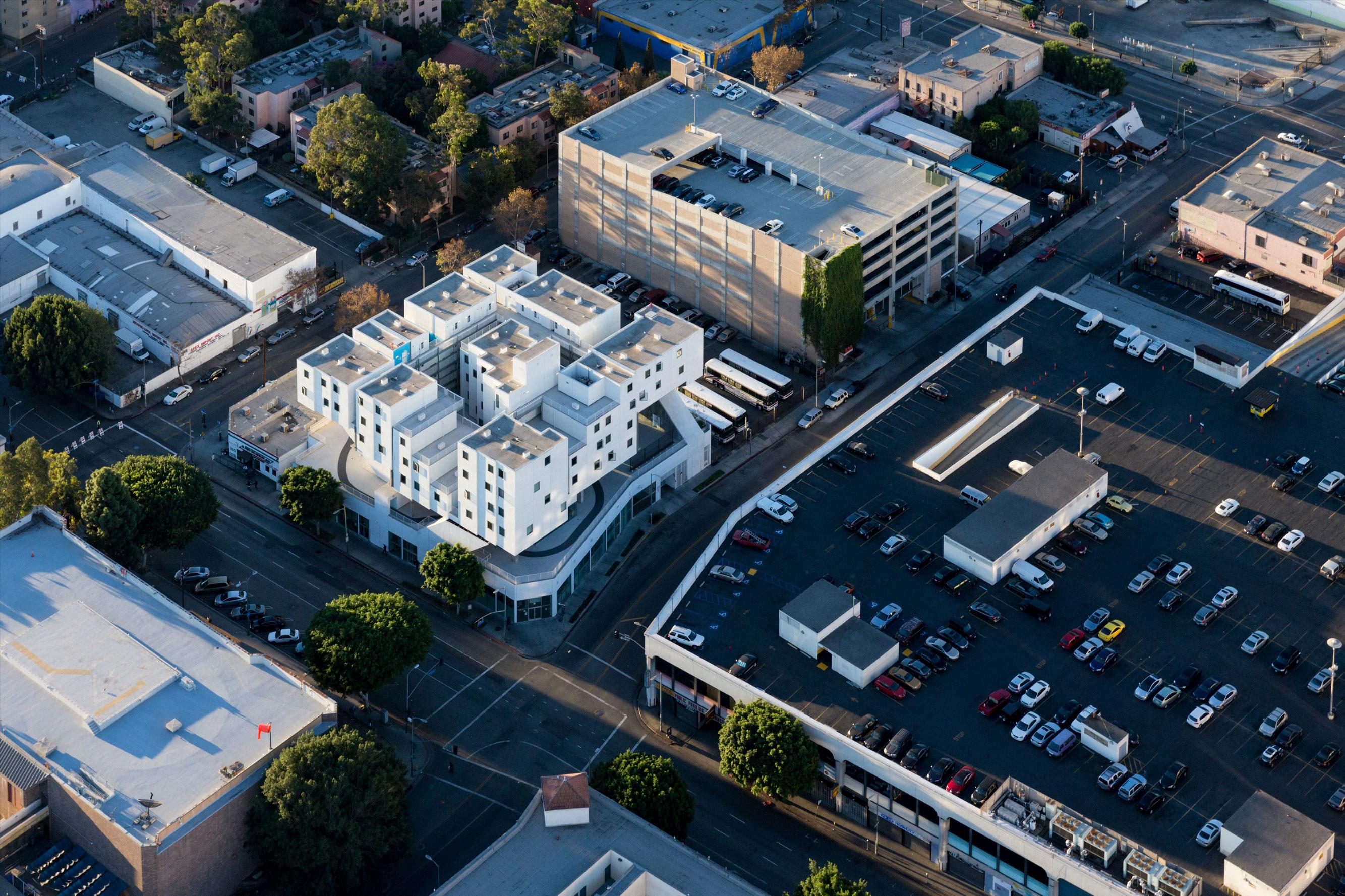 Star Apartments Los Angeles | asbackgammonsupplythe